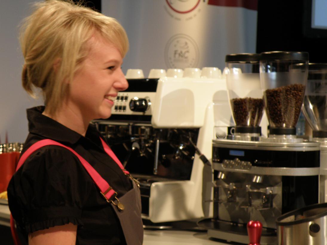 coffeesnobs.com.au/attachments/scae09-Erin-LatteComp09.JPG